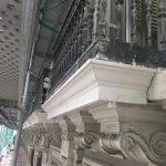 2a-frentes-de-balcones-con-molduras-de-alamo-70